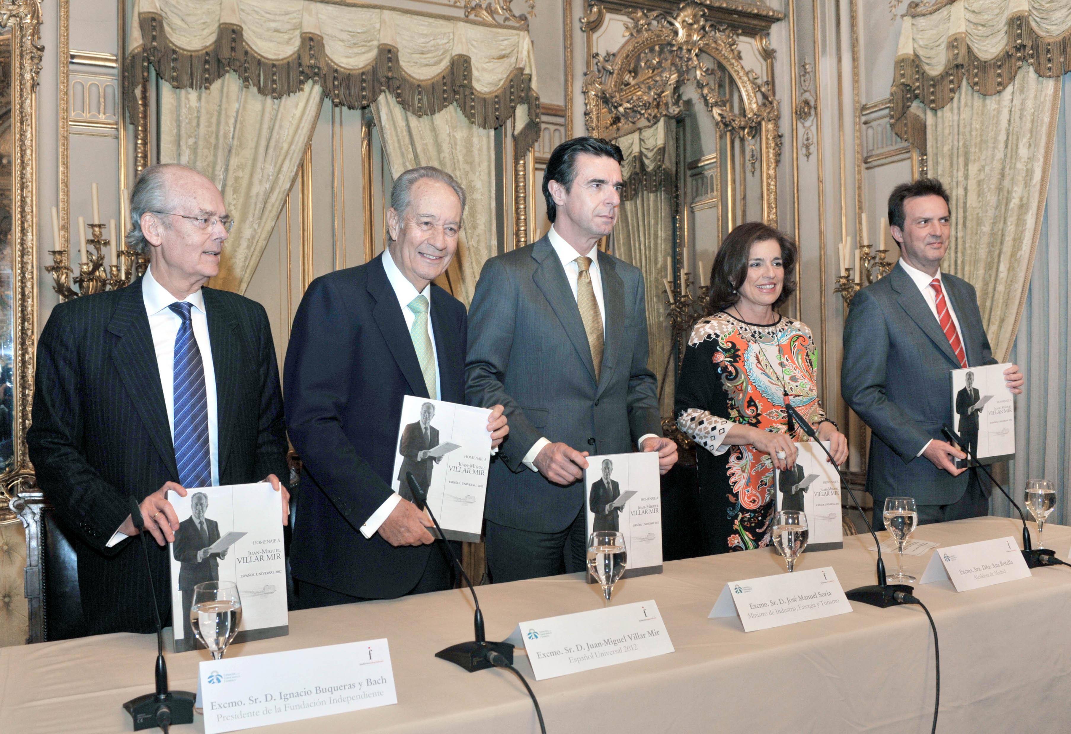 Acto de presentación del libro sobre el Homenaje Universal al Idioma Español