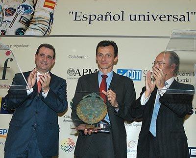 PEDRO DUQUE ESPAÑOL UNIVERSAL 2004