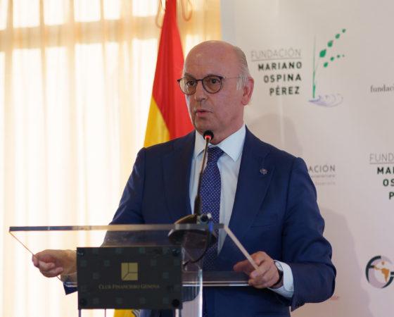 """Entrega del Premio """"Hispanidad, Concordia y Libertad"""" de la Fundación Mariano Ospina Pérez a Pablo Casado"""