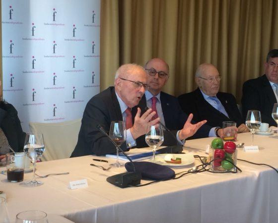 TRIBUNA INDEPENDIENTE D. JOSÉ MANUEL OTERO NOVAS «España va mal porque Occidente va mal»