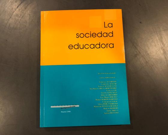 LA SOCIEDAD EDUCADORA