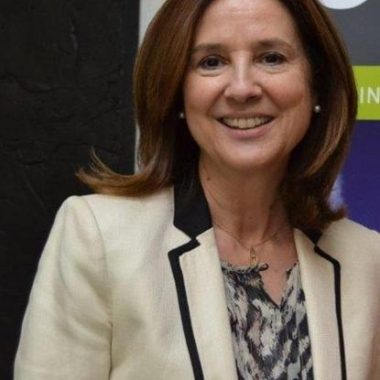 Dña. Mª Ángeles Osorio Iturmendi