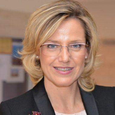 Dña. Pilar Laguna Sánchez