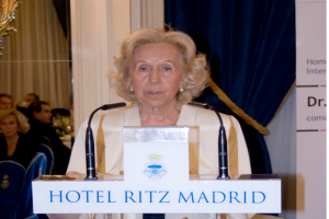 Carmen Alvear