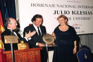 """Entrega Premio """"Español Universal"""" 2001"""