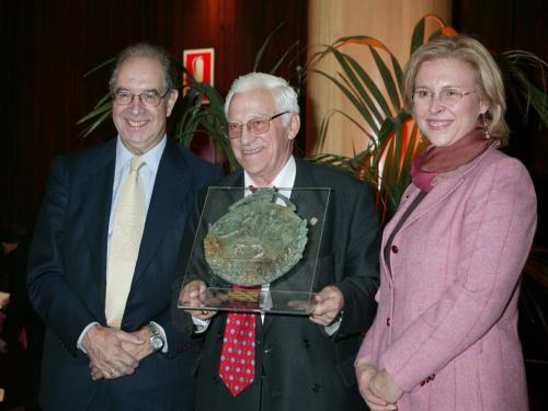 """Entrega premio """"Español Universal 2005"""""""
