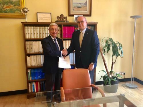 Rafael Ansón Oliartpresidente de FUNDESAldo Olcese Santonjapresidente de la Fundación Independiente