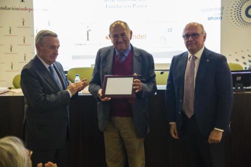 Entrega Premio al Líder Humanista Fundación Independiente 2019